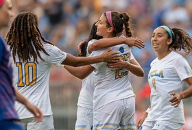 UCLA Completes Weekend Sweep after 2-0 Win over Florida