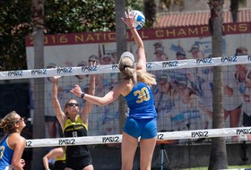 No. 1 UCLA Sweeps No. 4 Arizona, 3-0