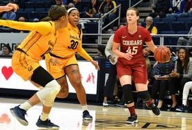 Hristova Becomes WSU's All-Time Leading Scorer in a 96-75 Victory at Cal