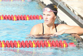 Swimming and Diving Splits Opening Double Dual Against UNLV and Denver