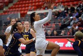 Women's Basketball Challenges No. 12 Arizona on Sunday