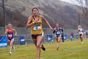 Cross Country Closes Season in Colfax