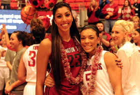 Presley's 28 Points Leads Cougars Past USC on Senior Day