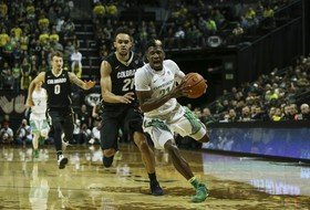 Game Notes: Ducks Try to Keep Pace in Pac-12 Race