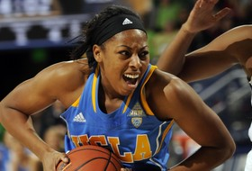 No. 4/5 Notre Dame Defeats UCLA, 90-48
