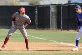 Cougars Fall in Series Rubber Game at CSU Bakersfield
