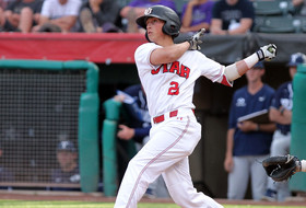 Baseball Edges A&M Corpus Christi in Extras