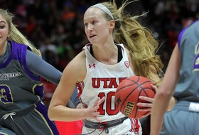 Women's Basketball Hosts South Dakota Saturday For Home Opener