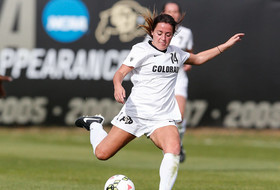 Buffs Shut Out Colorado College, 3-0