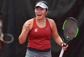 Cougars Cruise Past Fresno State, 5-0