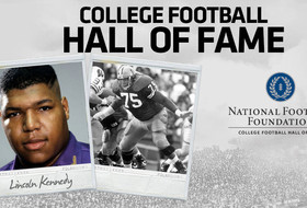 Lincoln Kennedy Earns Spot In College Hall of Fame