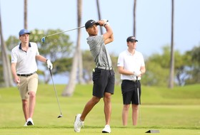 Ducks Close Strong in Hawaii