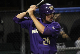 UW Scores Often Early, Hold On For 7-6 Win