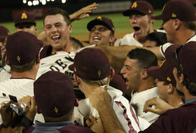 Baseball's No-Hitter Nets Hingst Pac-12 Pitcher of the Week