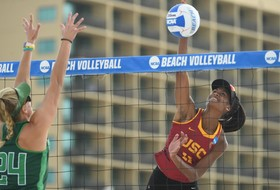 Top-seeded USC Toppled by Upstart Hatters