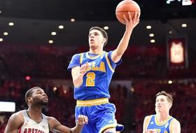 No. 5 UCLA Upends No. 4 Arizona, 77-72