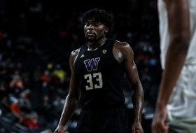 Washington Drops Pac-12 Tournament Opener To Arizona 77-70