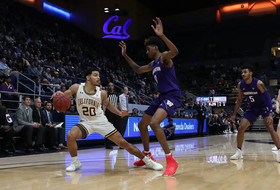 Washington Falls to Cal In Overtime, 61-58