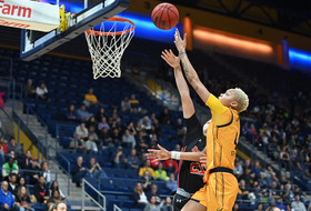 Bears Edged By Utes