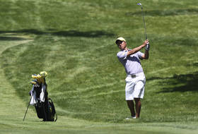 UO Maintains Commanding Lead at Ka'anapali Classic