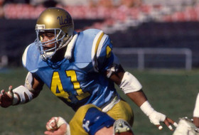 NFF and College Hall of Fame Ballot Includes Ken Norton, Jr.