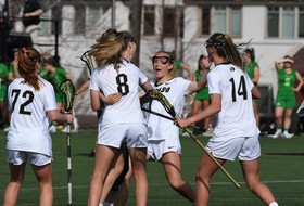 Buffaloes Cruise Past Oregon In Conference Opener