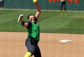 Hawkins Paces Oregon Past The Beach