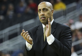 Lorenzo Romar Joins Arizona Basketball Staff