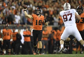 Beavers Edged by No. 20 Stanford 15-14