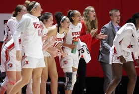 Women's Basketball Hosts No. 3 Oregon For RED OUT