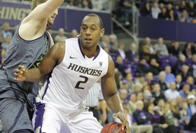 Blackwell's Big Night Off Bench Can't Save UW In 78-71 Loss At Oregon