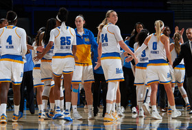 No. 9 UCLA Visits No. 6 South Carolina on Sunday