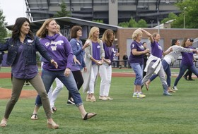 Husky Baseball Moms