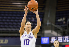 Huskies Win Seventh Straight, Plum Becomes All-Time Leading Scorer In Pac-12 History