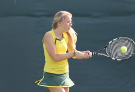 Ducks Complete Day One of Bulldog Classic