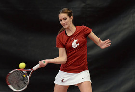 Cougars Roll Past Montana, 6-1