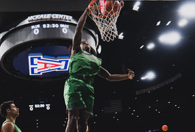 Ducks Face Eighth Top-25 Opponent of 2019-20 in No. 24 Arizona