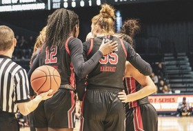 Women's Basketball Suffers 70-63 Loss At Xavier