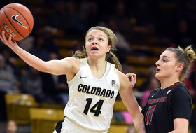 Fourth-Quarter Rally Pushes Buffs Past Cougars, 70-58
