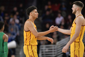 Bennie Boatwright Moves to 3rd on USC's All-Time 3-Point List as Trojans Down Oregon, 66-49