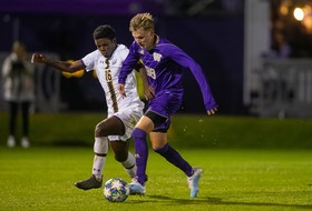 Huskies' Win Streak Snapped in 3-2 Loss to Cal