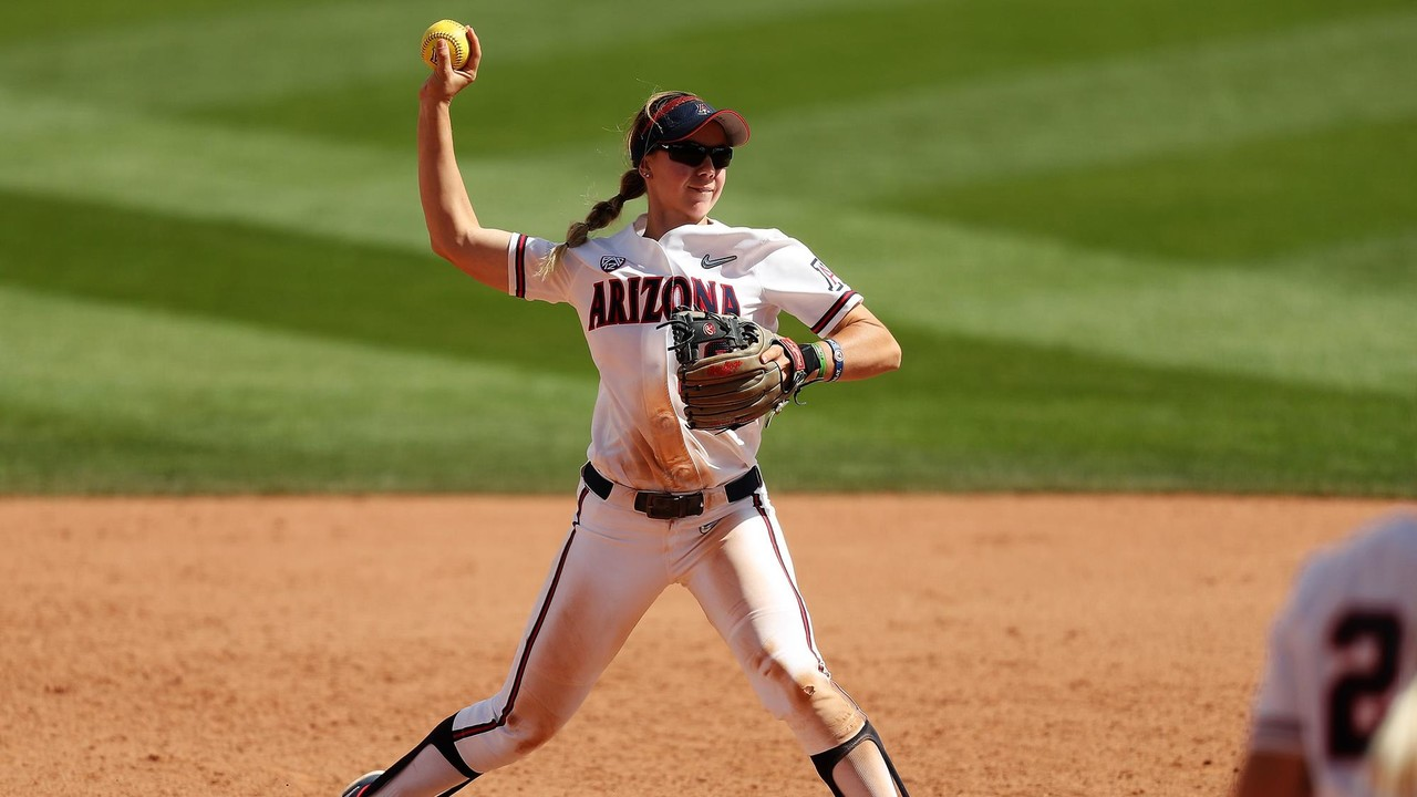 Near unanimous No. 1 UCLA leads four ranked in Pac-12 Softball 5e5570f91